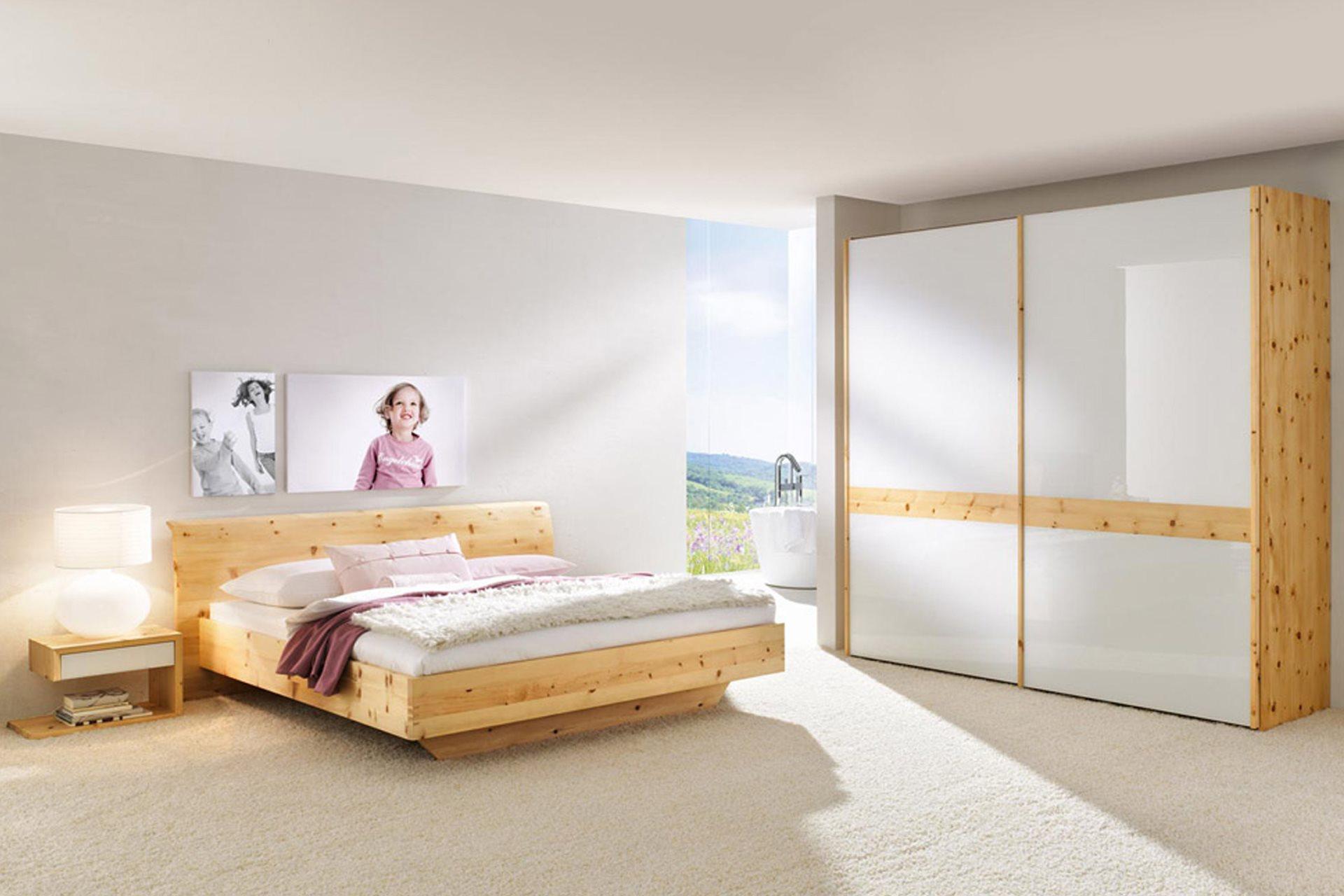 zirbenzimmer rio mit kleiderschrank wohnopposition berlin. Black Bedroom Furniture Sets. Home Design Ideas