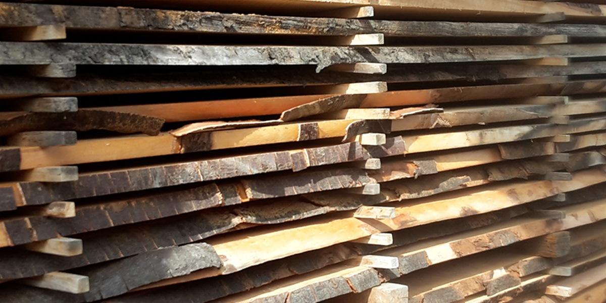 Möbelholzlagerung bei der Holzschmiede