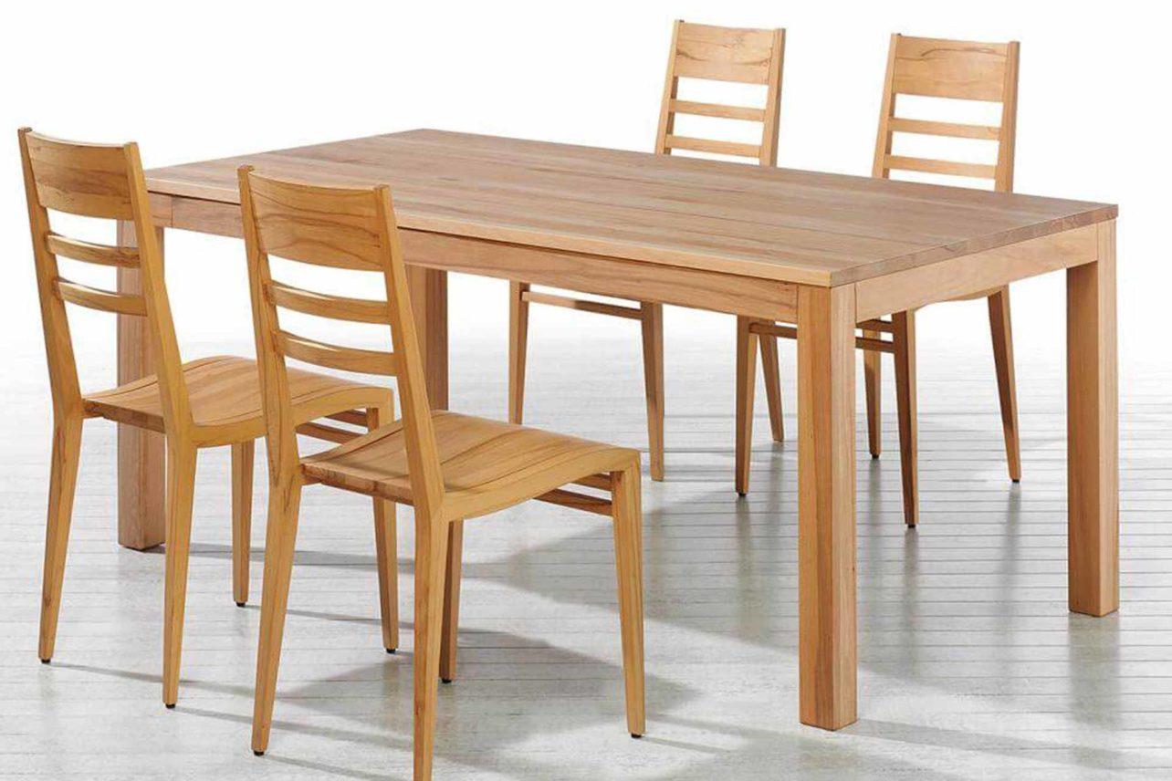 Tafeltisch Julia, vollmassiv, mit fester Platte, quadratisch oder rechteckig