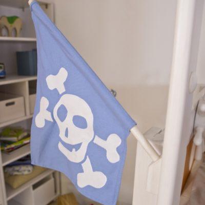 Piratenflagge blau