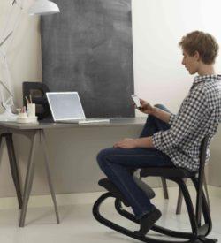 Bürostühle und Hocker