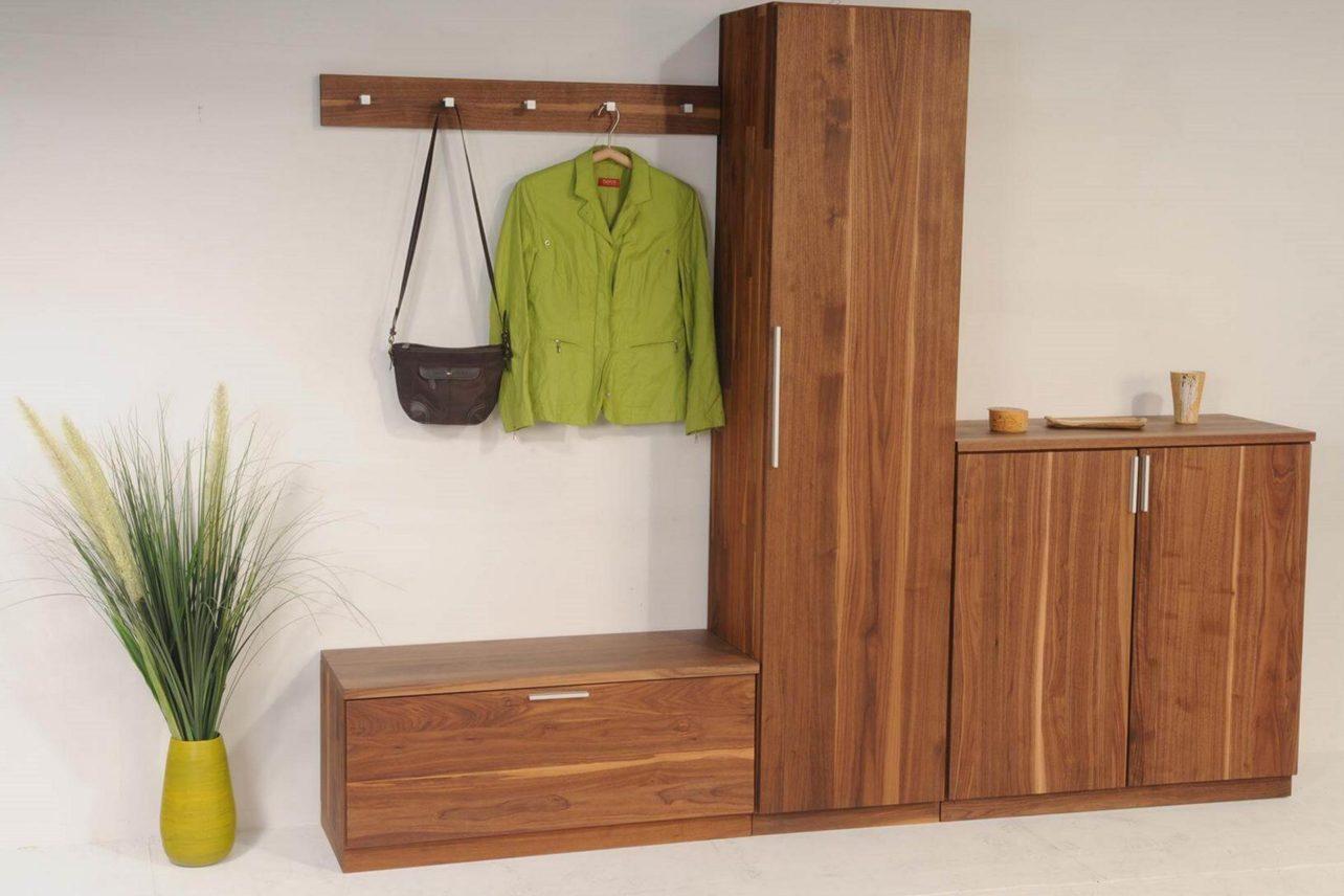 Garderobenkombination Cubik in Nussbaum