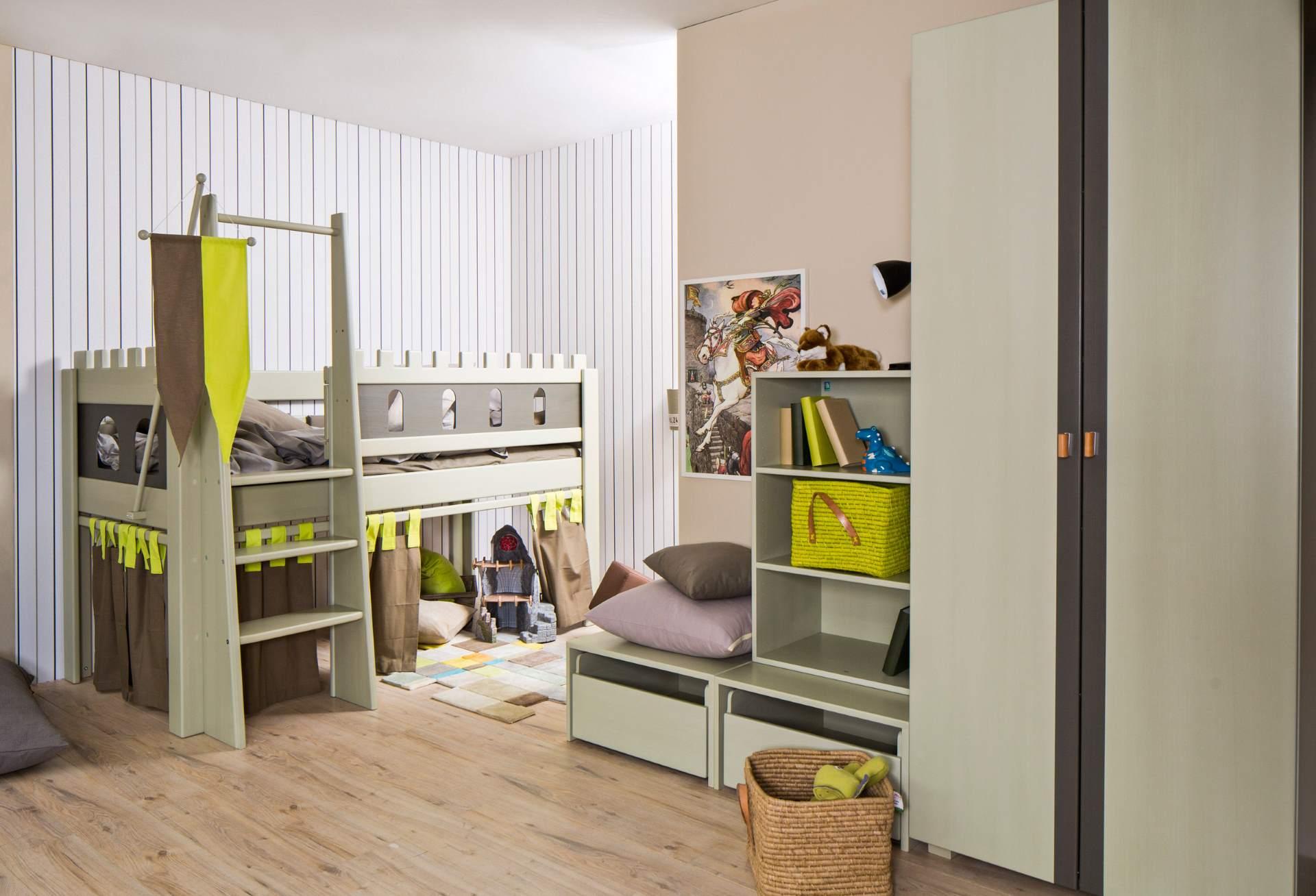 kleiderschrank weiss akzent grau wohnopposition berlin. Black Bedroom Furniture Sets. Home Design Ideas