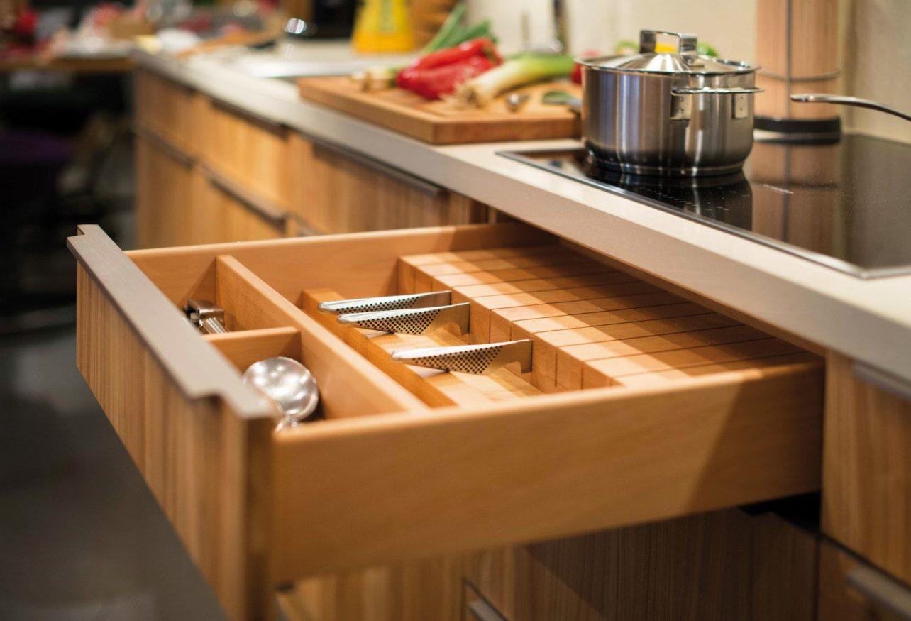 Küchenschublade in Küche Culignea in Kirsche
