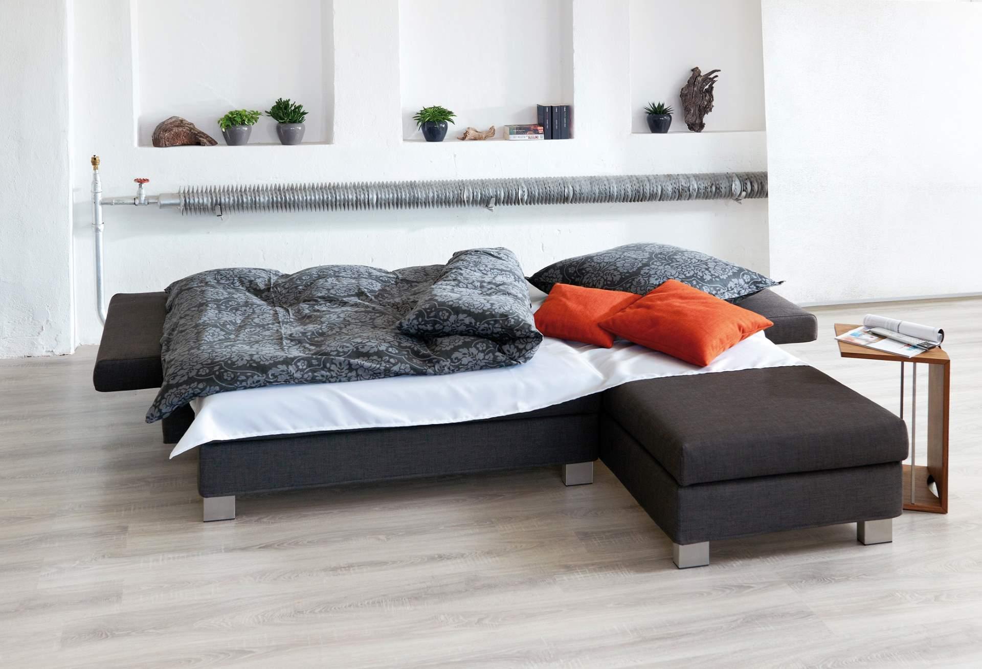 Aktions-Eckschlafsofakombination Linus in der Schlafposition
