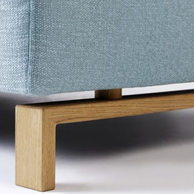 Sofa Siena Detail Holzkufe