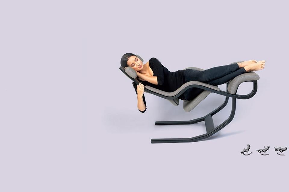 Sitz- und Liegepositionen Gravity