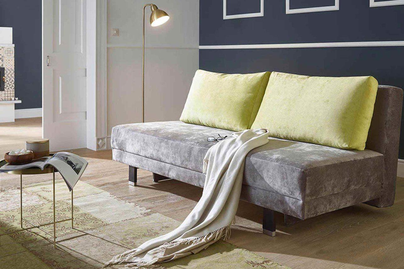 Schlafsofa Daydream mit Naturpolster, Bettkasten und passender Auflage