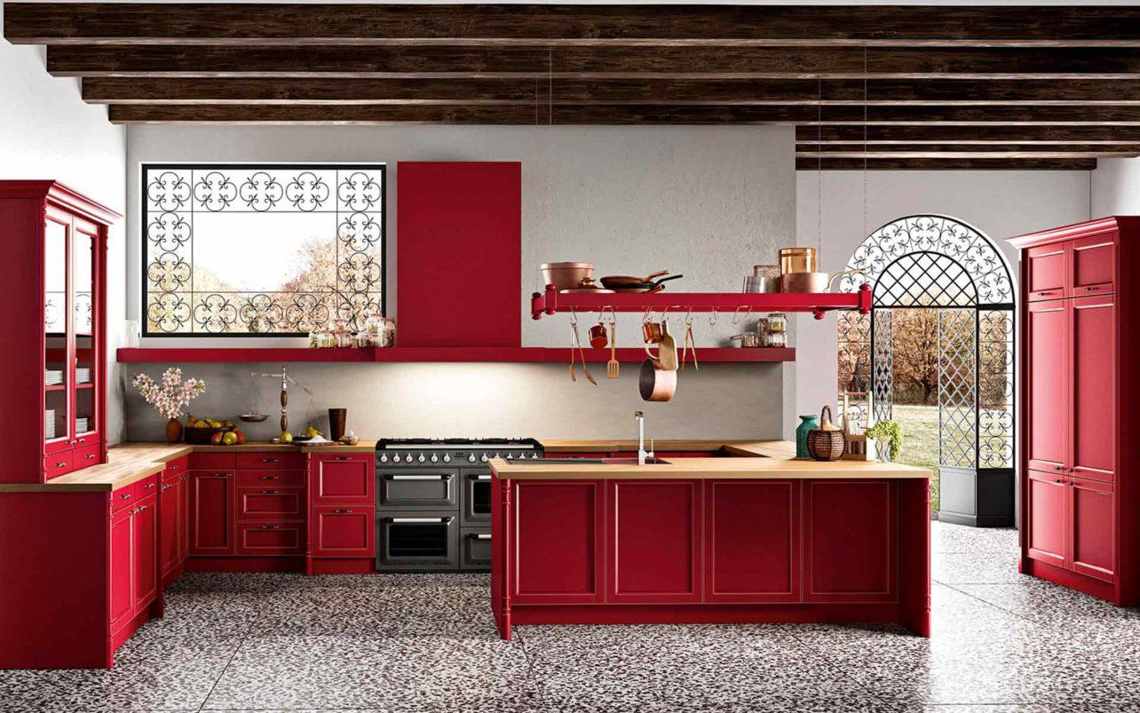 Massivholzküche Palma in modernem Landhauslook mit Fronten in dunklem Burgunderrot