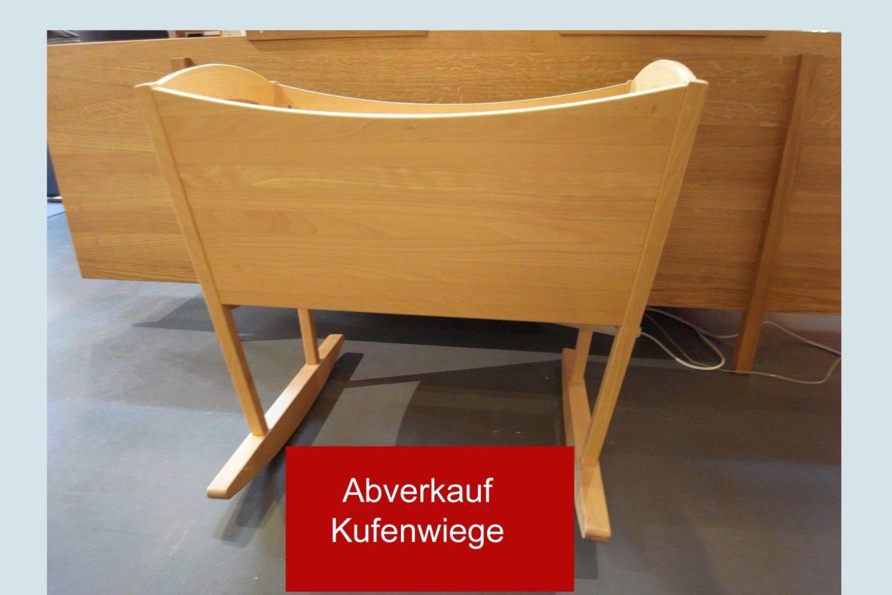 Abverkauf Kufenwiege in massiver geölter Buche