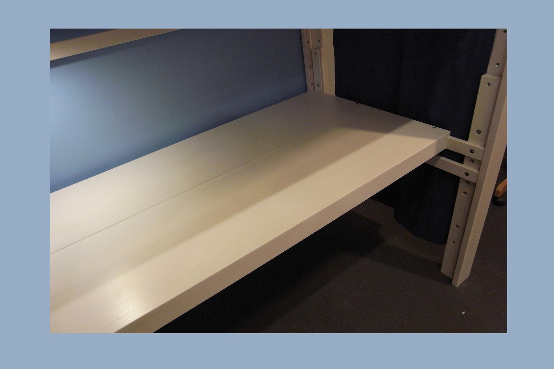 Schreibtischplatten weiss zum Hochbett debe.destyle