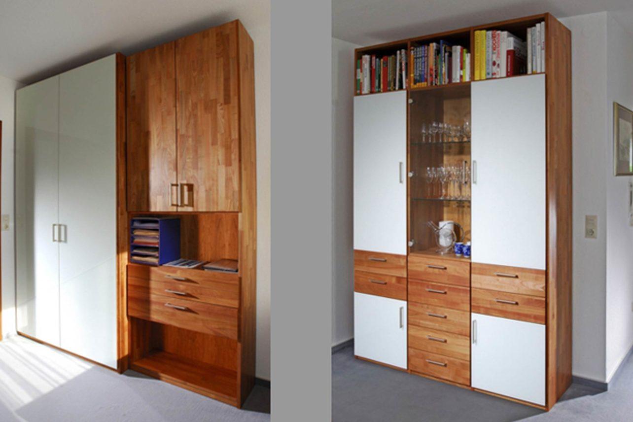 Büroschränke und Regale aus Vollholz mit weissen Glastüren