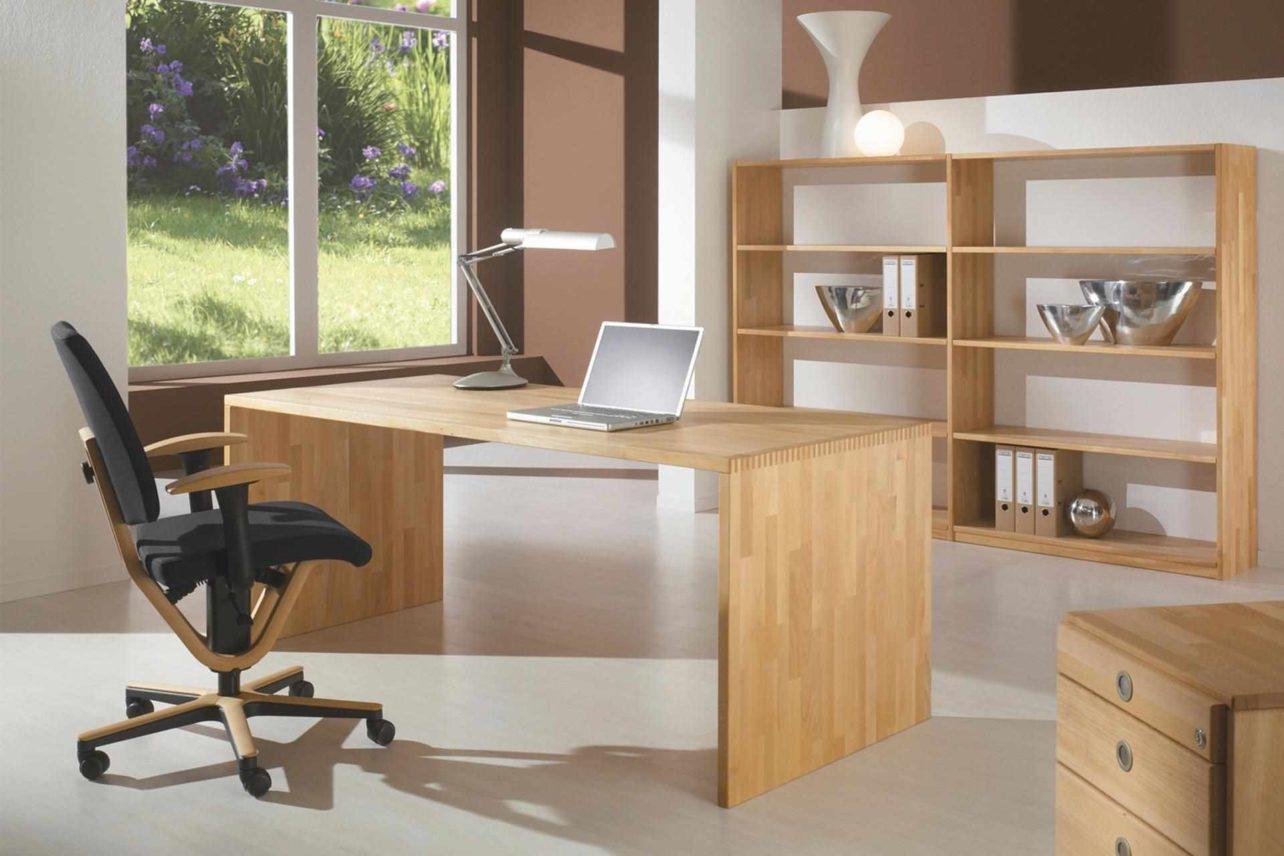 Wangen-Schreibtisch mit Fingerzinkung in Massivholz