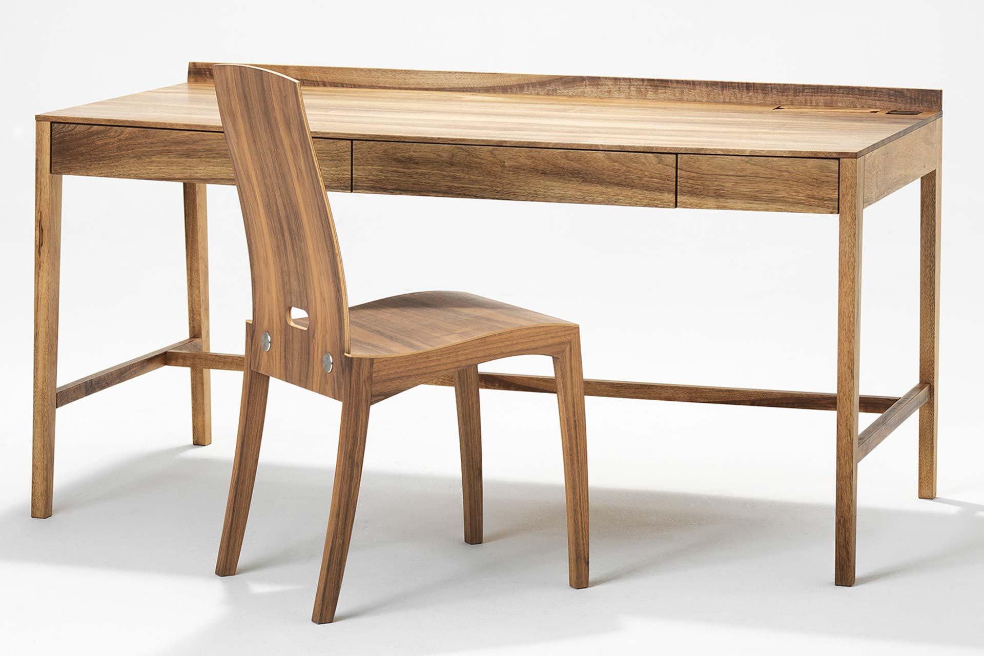 Schreibtisch Theo Desk Plus