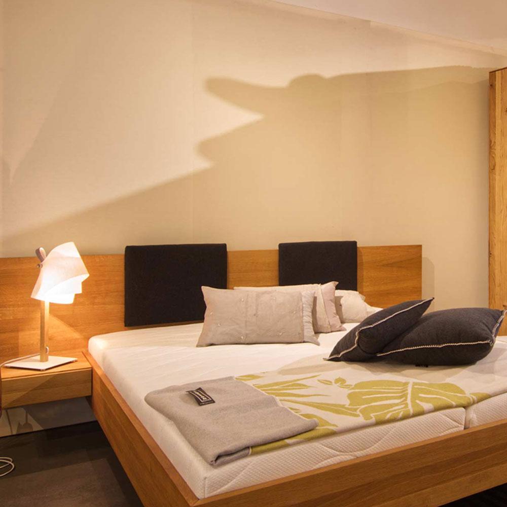 Bett Volante mit Nachttisch-Konsolen