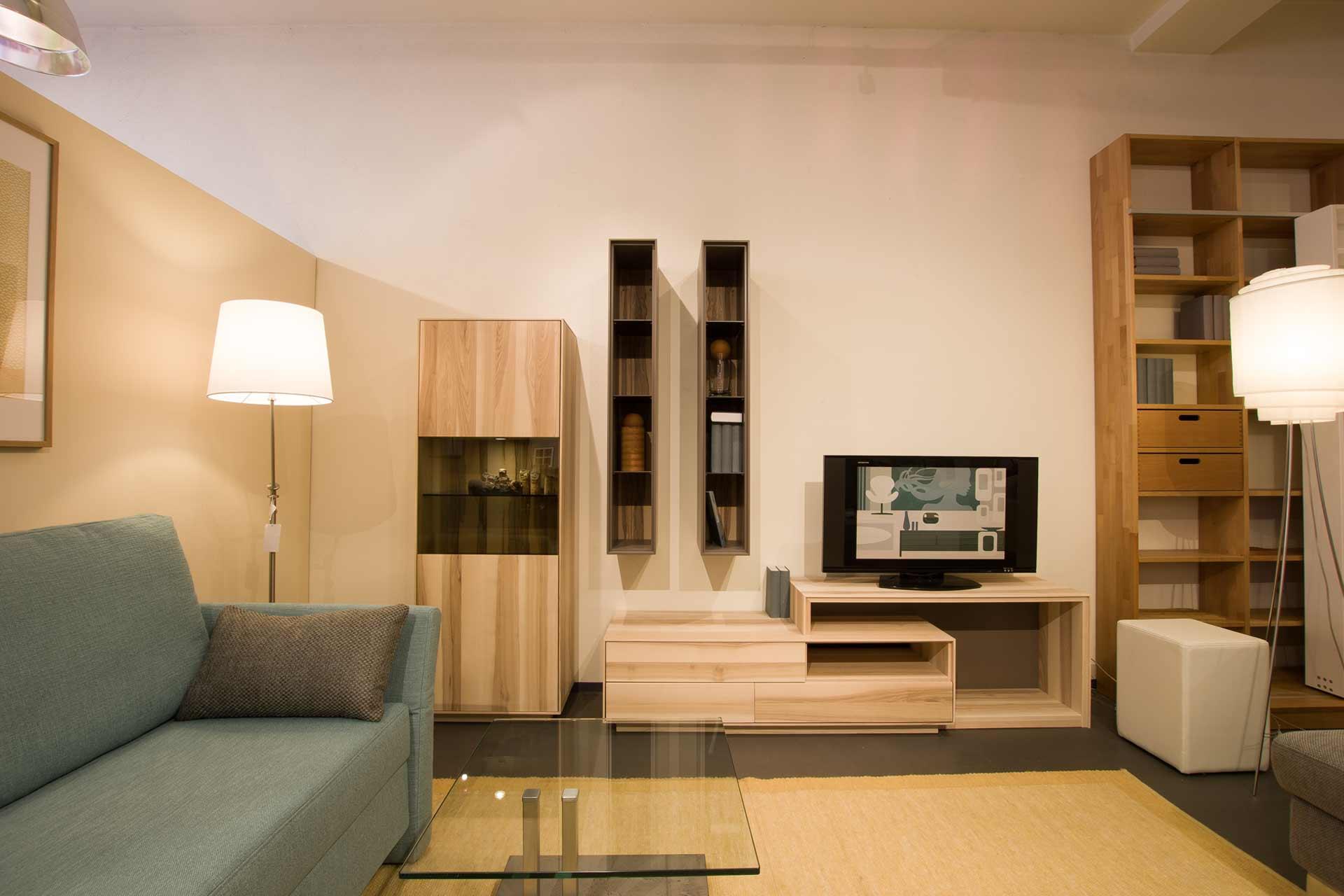 Wohnkombination Puro mit Podestunterschrank
