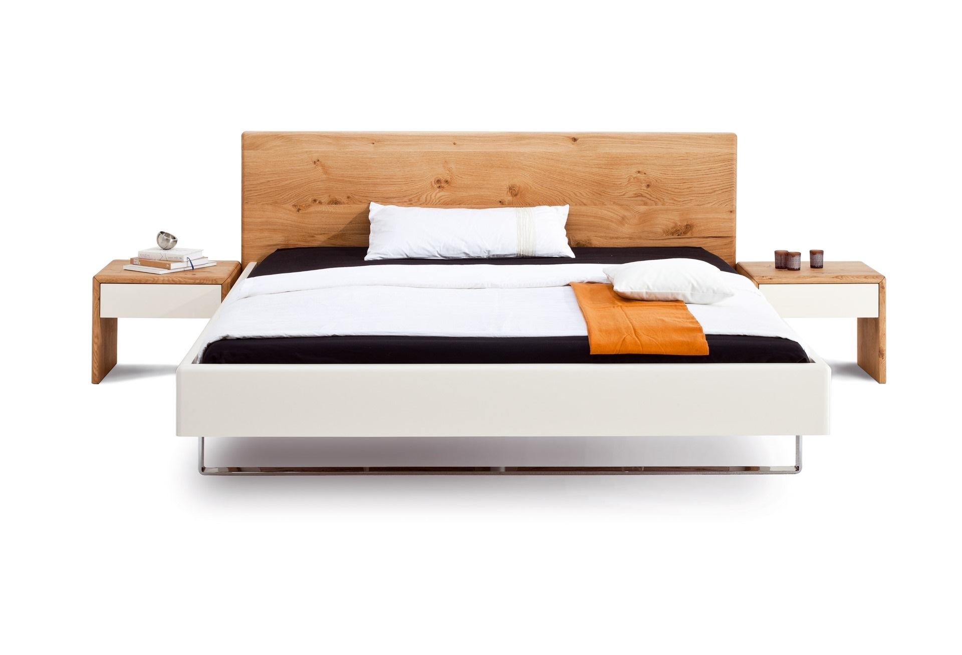 Bett Kendo mit weissen Seitenteilen
