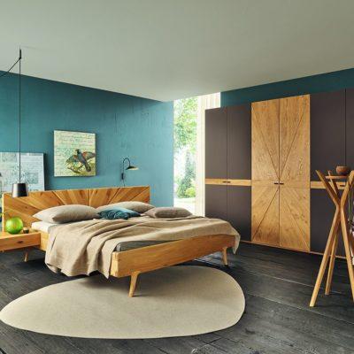 Schlafzimmer SOL in Asteiche gebürstet, natur geölt